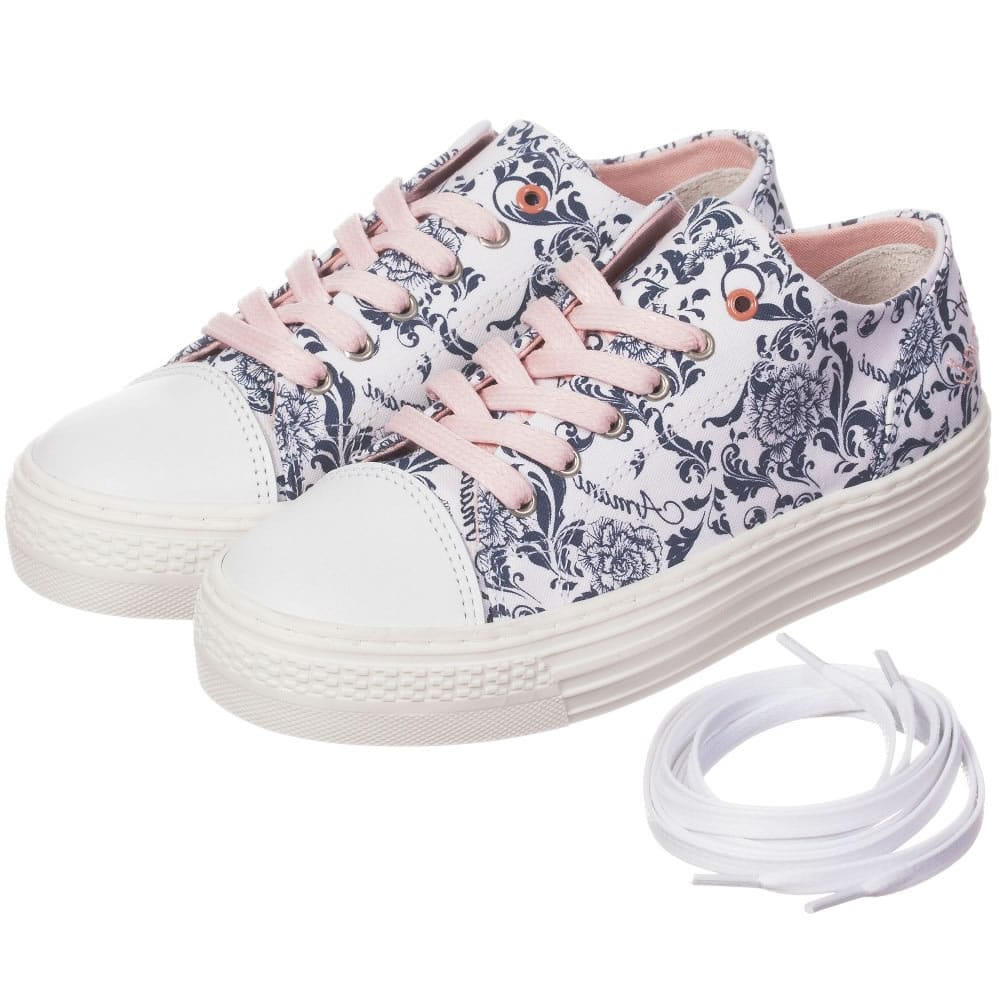 Girls canvas trainers shoes