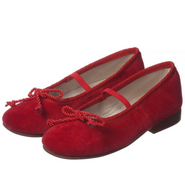 OSCAR DE LA RENTA Red Velvet 'Sabrina' Pumps with Bow