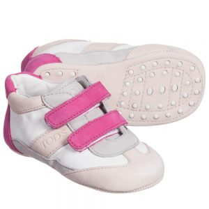 Baby Girls Pink Leather Pre-Walker Trainers1