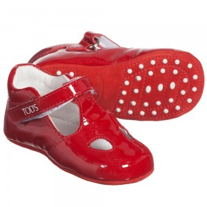 tods-baby-girls-red-patent-leather-t-bar-pre-walkers-1