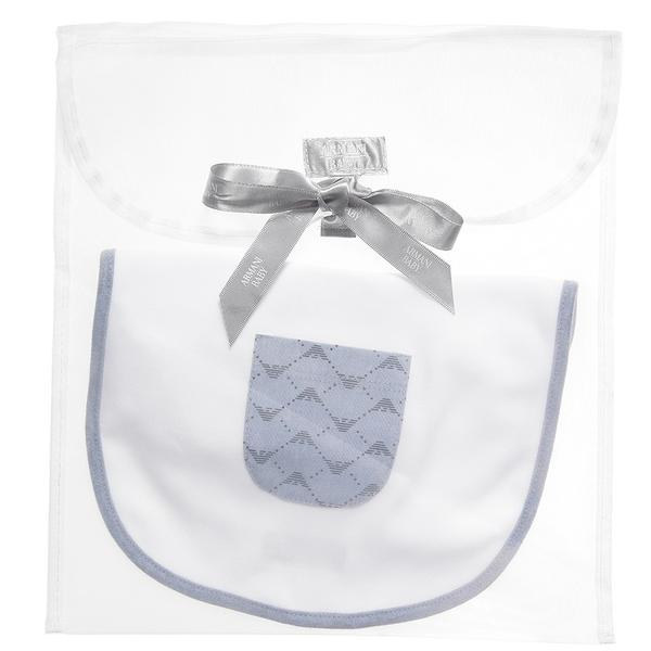 baby_white_cotton_bib_with_gift_bag_4_grande